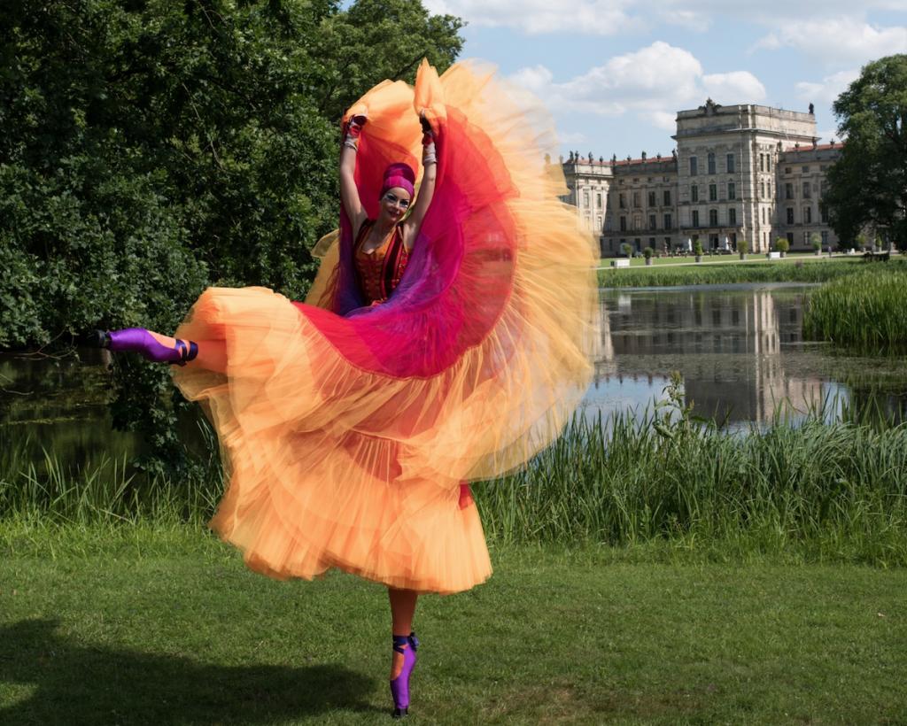 Glücksmomente voller Fantasie im Schlosspark Ludwigslust. © Monika Lawrenz